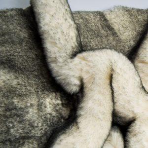 Fausse fourrure au mètre Tissu fausse fourrure super doux noir et blanc – 1550 White/black