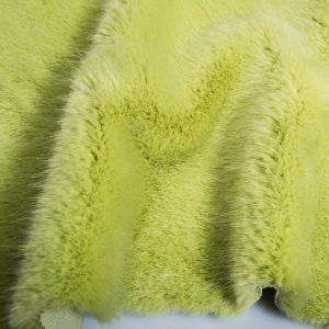 Fausse fourrure au mètre Fausse fourrure de luxe super douce vert olive clair – 3025 Willow