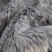 Fausse fourrure au mètre Fausse fourrure imitation renard gris foncé – 7552 Grey Stone
