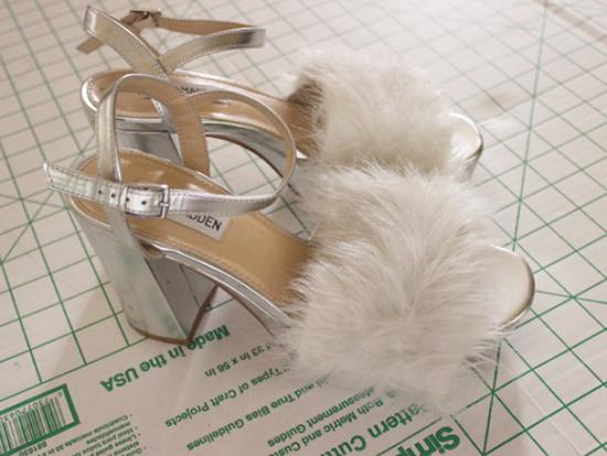 faux fur sandals 10