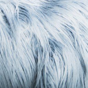 Fausse fourrure au mètre Tissu fausse fourrure bleu poudré à poil long façon yéti – 1521 Powder Blue