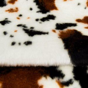 Fausse fourrure au mètre Fausse fourrure vache pour déguisement – R2/60/3 FG1115/3 919/1