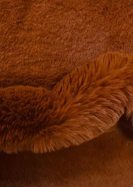 Fausse fourrure de luxe Tissu fausse fourrure super doux bronze – 3105 Bronze