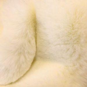 Fausse fourrure de luxe Tissu fausse fourrure super doux blanc cassé – 3105 R. White