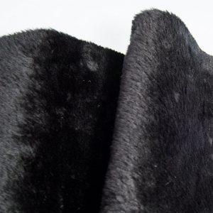 Fausse fourrure au mètre Fausse fourrure noire à poil court – AC274-Black