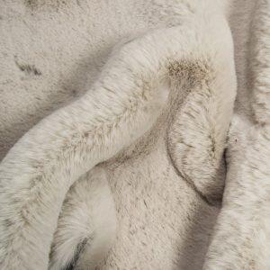 Fausse fourrure au mètre Tissu fausse fourrure super doux imitation lapin, gris argenté – 3091 Silver