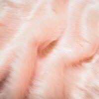 Fausse fourrure au mètre Tissu fausse fourrure super doux façon renard rose – 1611 Plain Fox Dusky Pink