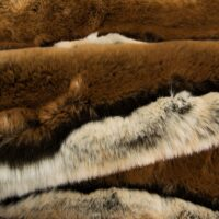 Fausse fourrure au mètre Tissu fausse fourrure imitation chinchilla brun – 7576 Brown Chinchilla